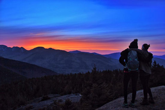 sunset on round mountain