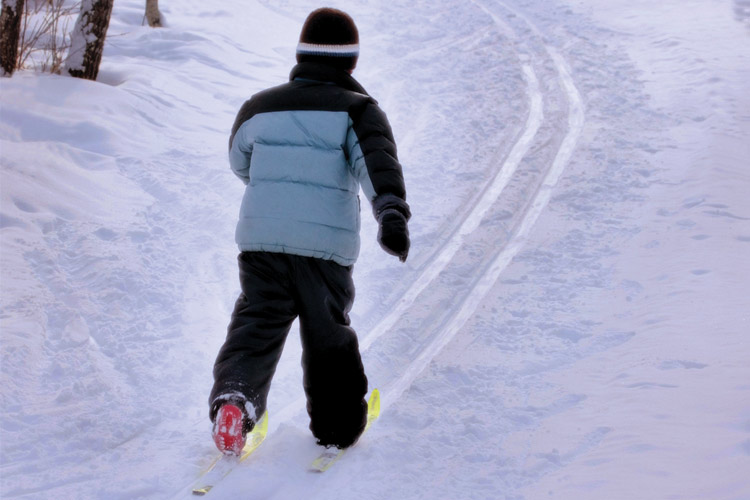 child skiing