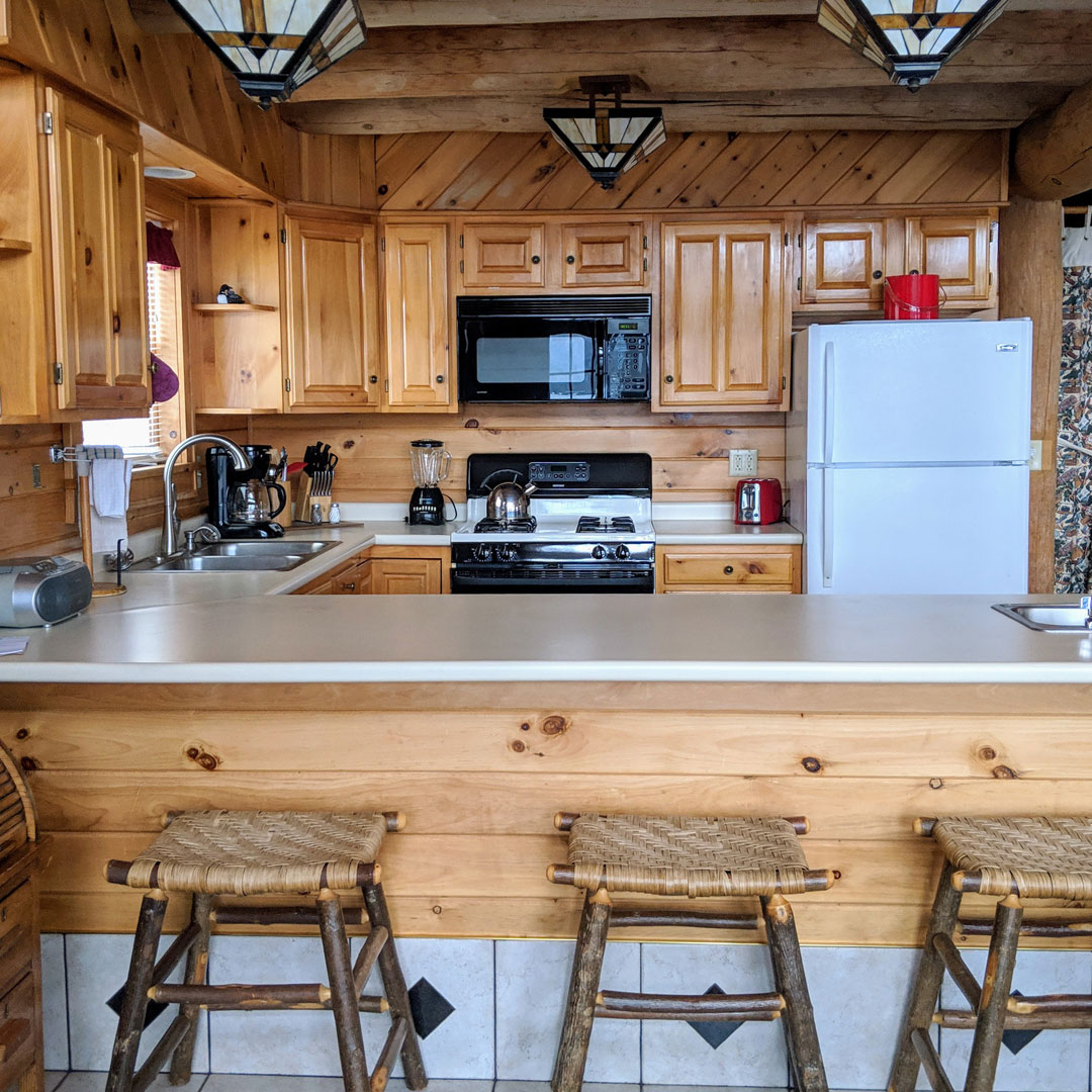 Tremendous Adirondack Lodging Cabins Cottages Hotels Resorts Inns Home Interior And Landscaping Transignezvosmurscom