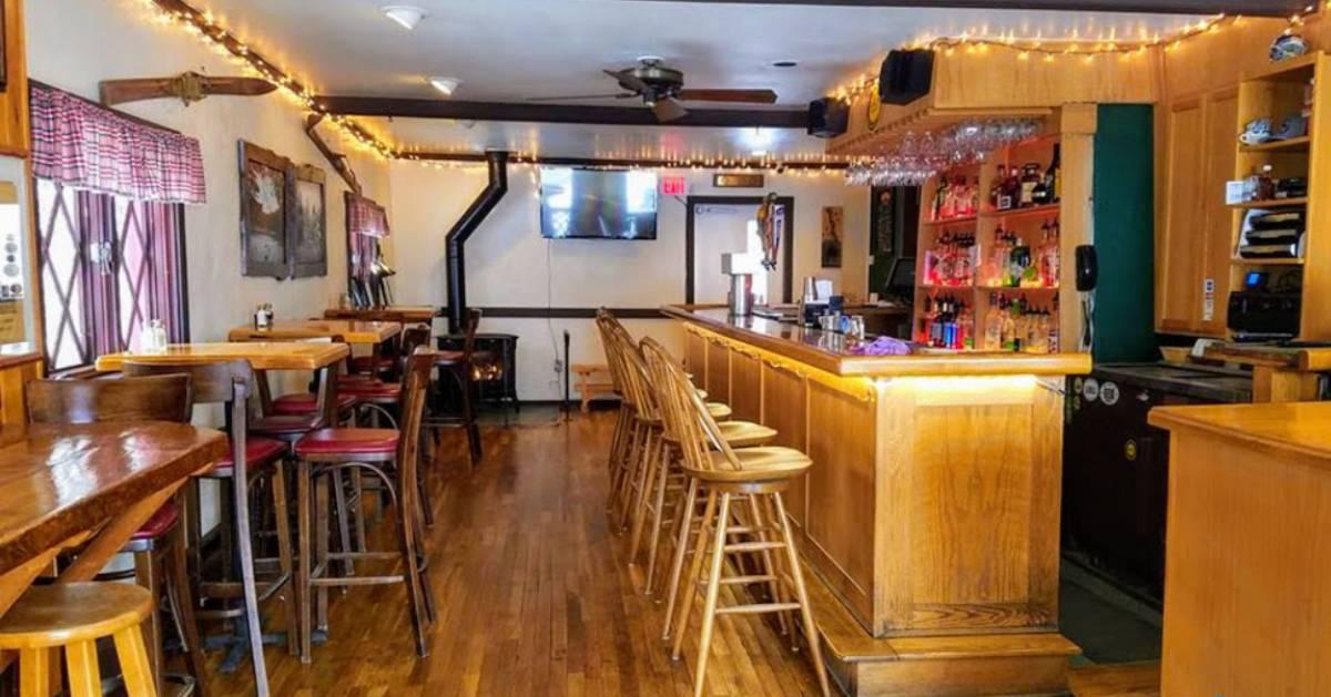 bar area of restaurant
