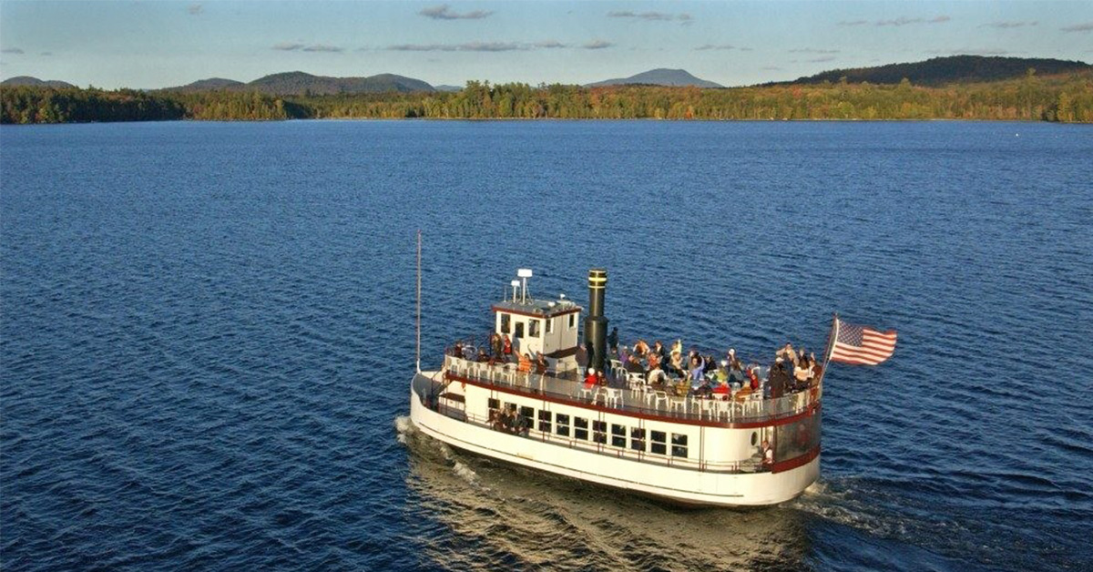 boat on raquette lake