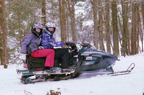 snowmobile-tour