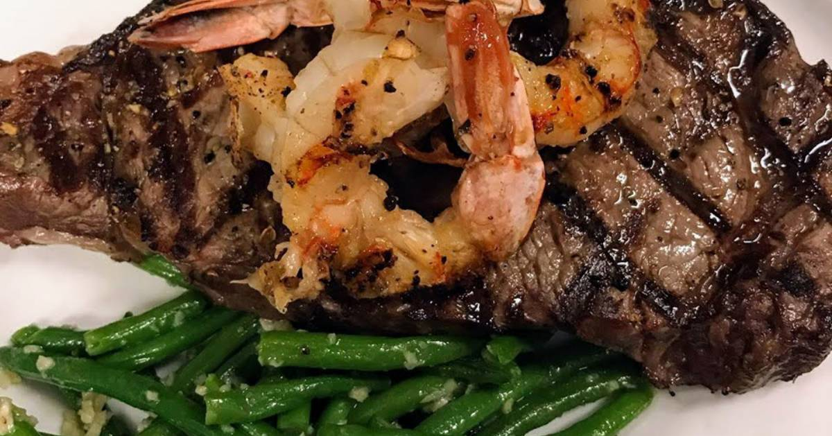 steak with shrimp and green beans