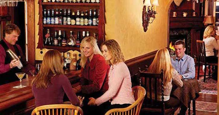 taste bistro bar room