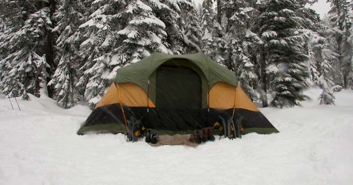 a tent in the snow