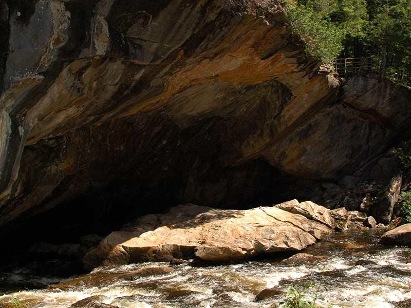 Natural Stone Bridge Caves Entrance