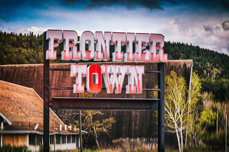 Decrepit sign for former theme park, Frontier Town in North Hudson NY