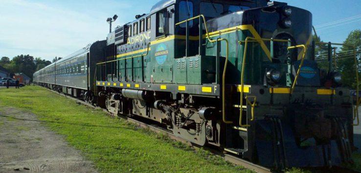 adirondack scenic railroad train