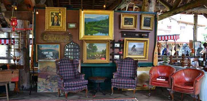 antique show display