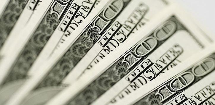 five hundred-dollar bills