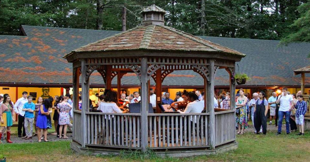 concert in pavilion