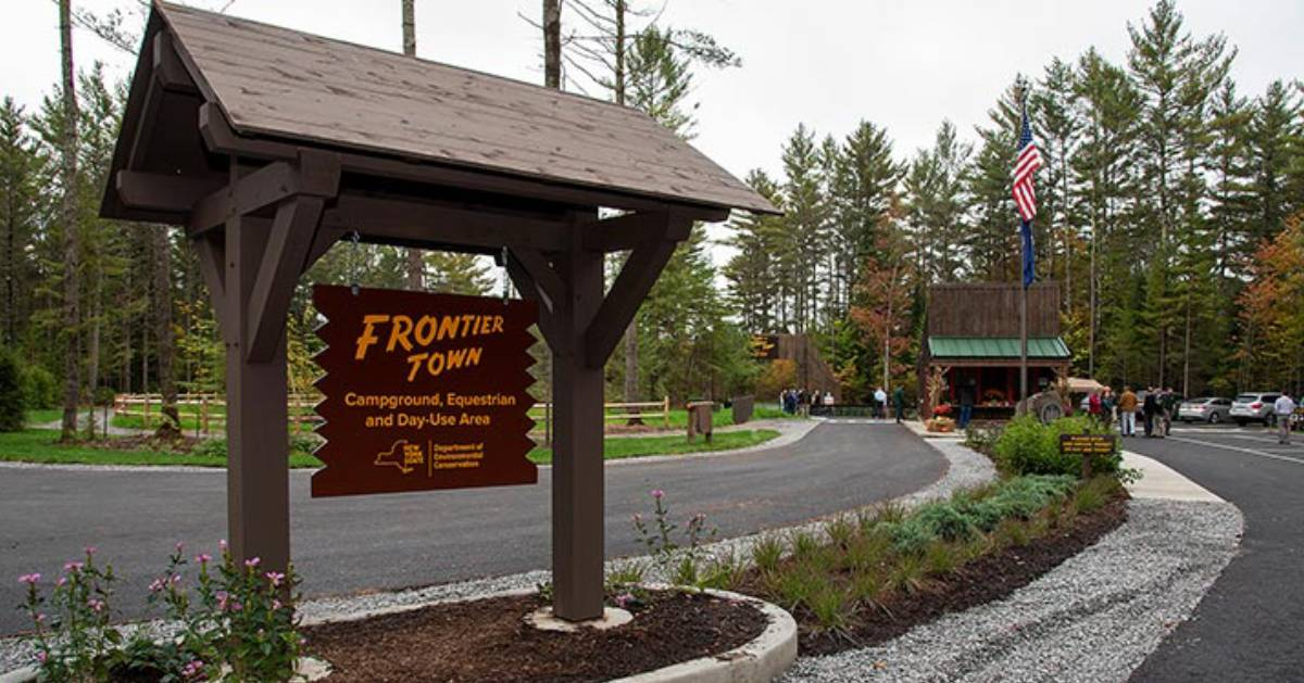 Frontier Town sign