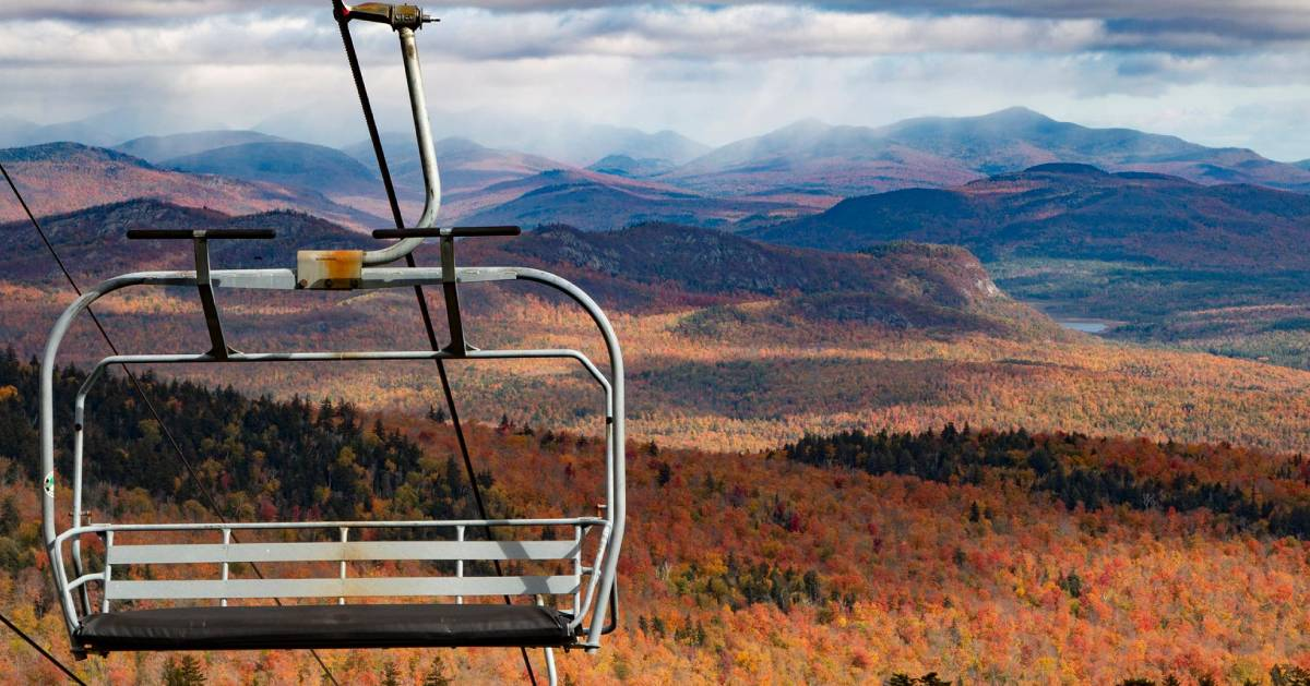 scenic skyride with foliage vew