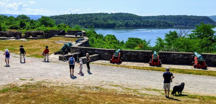 people at fort Ticonderoga